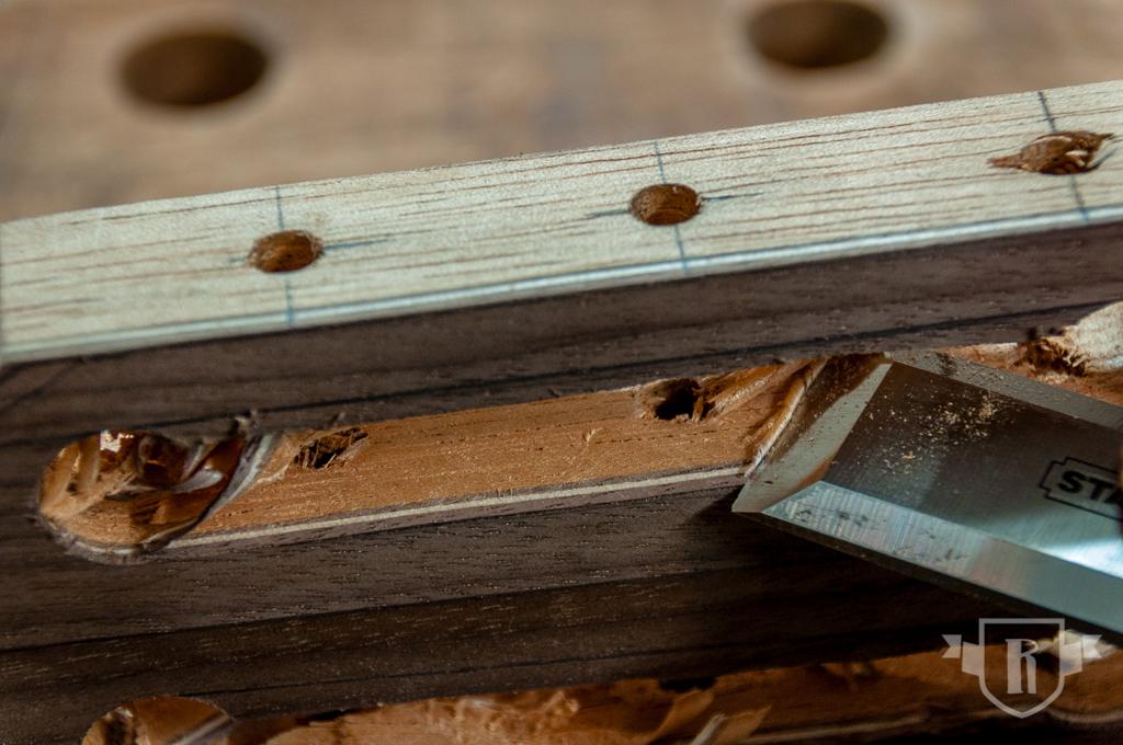Bau einer Guitarlele: #8 Kopfplatte und Schlitze ausarbeiten