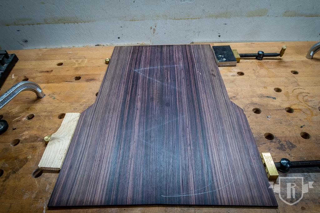 Bau einer Guitarlele: #9 Decke und Boden fügen