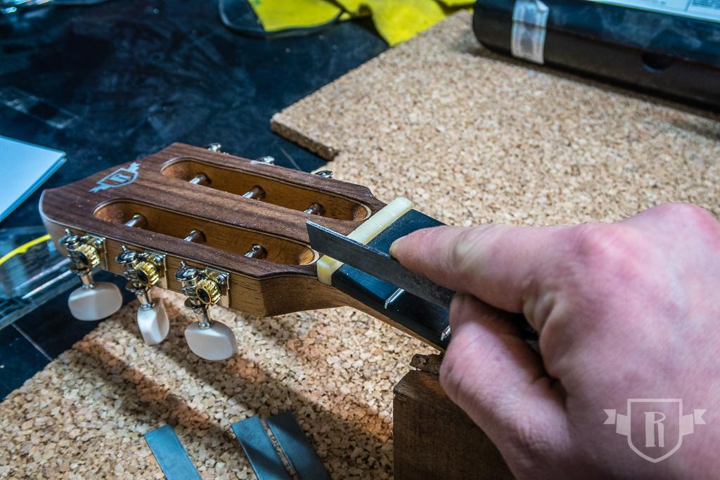 Bau einer Guitarlele: #23 Setup und Finish