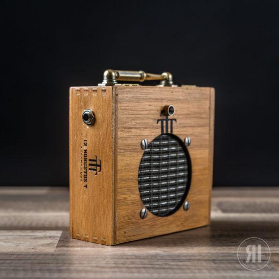 Cigar Box Amp Robustos