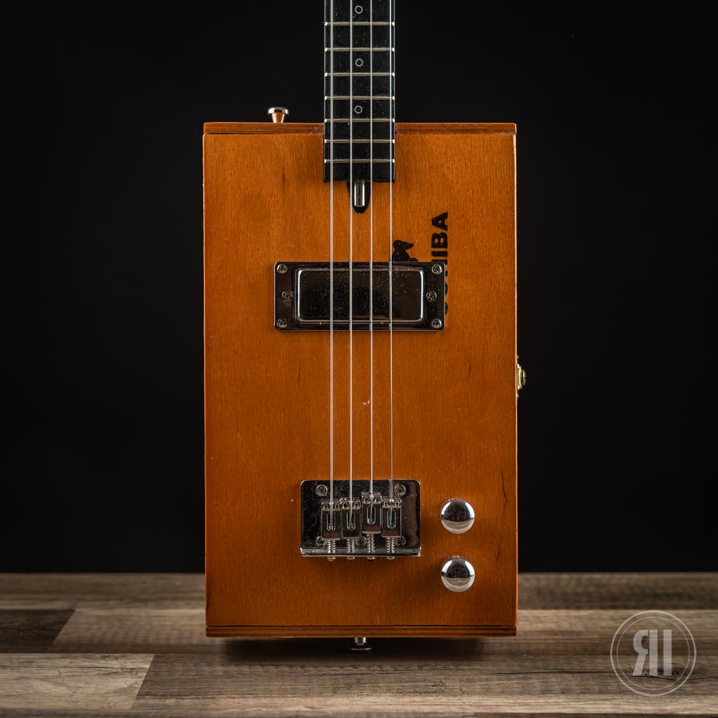 """CBG 4-String """"Cohiba"""" with Humbucker"""