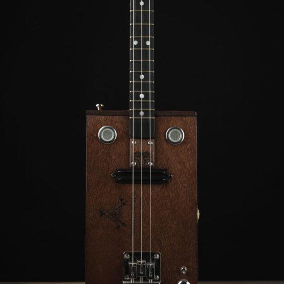 CBG-3-String-Montecristo-with-Humbucker-2