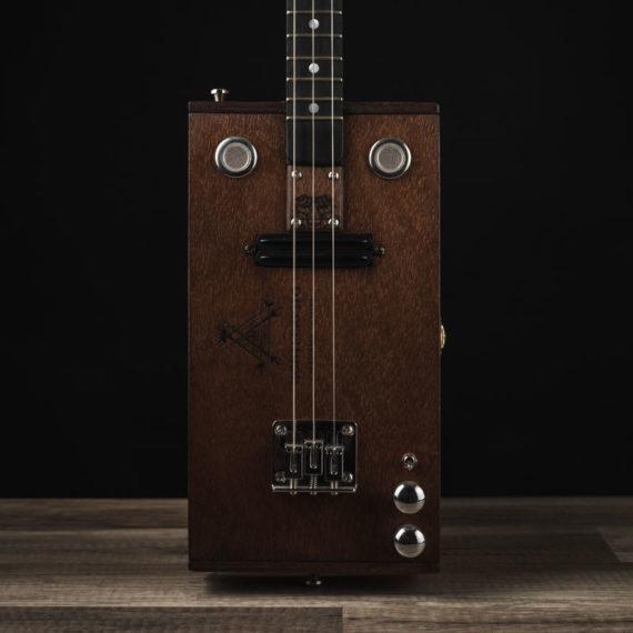 CBG-3-String-Montecristo-with-Humbucker-7