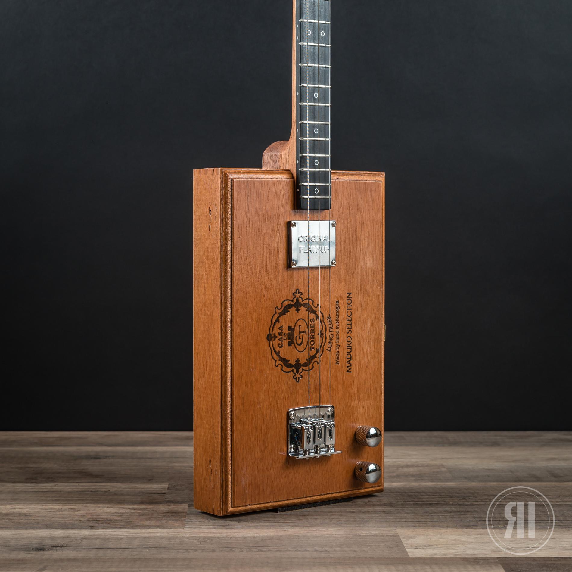 cbg 3 string casa de torres with flatpup pickup rudie instruments cigar box guitars. Black Bedroom Furniture Sets. Home Design Ideas
